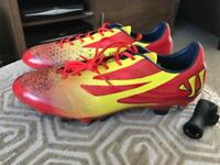 Warrior football boots