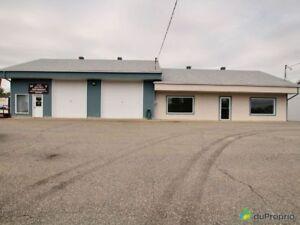 187 000$ - Immeuble commercial à vendre à St-Boniface