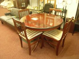 Solid Oak , extendable Table and 4 matching chairs