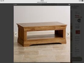 Coffee table, 1 year old, barely used, good condition