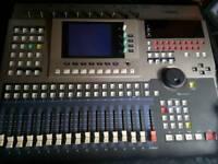 Yamaha AW4416 Portable Studio