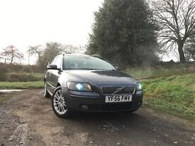 Volvo V50 SE 2.0 D high specification. Fantastic cheap family car.
