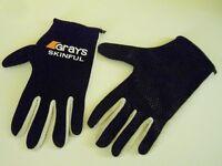 Unisex Grays Skinful Black with White Gloves. Size Medium
