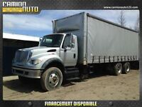 2004 International 7600 26 PIEDS A TOILE