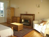 STYLISH, SPACIOUS, BRIGHT & QUIET 4 DOUBLE BEDROOM FURNISHED FLAT