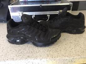Nike tns size 5
