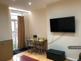 4 bedroom house in Grandale Street, Manchester, M14 (4 bed) (#1142409)