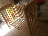 co-sleep crib with waterproof/breathable mattress--very good condition