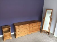 Solid Pine 4 Piece Bedroom Furniture Set