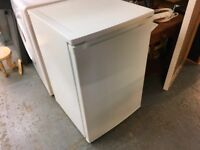 CURRYS ESSENTIAL FRIDGE WITH ICE BIX IN VERY GOOD CONDITION