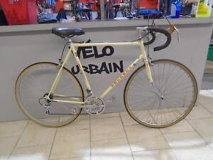 Vélo de route Peugeot 23'' - 0410-2