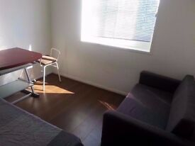 2 triple or twin/double rooms 3-5 min Bethnal Green,Liverpool Street stn,Old Street,Whitechapel