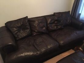 3,2 & 1 seater sofa with puffet.