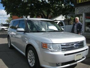 2010 Ford Flex SEL, AWD, Leather, p/w p/l sunroof, 6cyl,  7pass