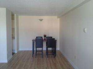 $880 for this Ready to Move NOW 2 Bedroom! Great Location!