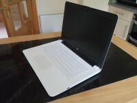 HP LAPTOP 14-BW007NA - 14 INCH. ALMOST NEW