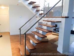 Escaliers à limon central en acier MODERNE ET ÉPURÉ