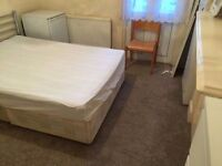 !! Amazing double room at Willesden Green Library available now !! All bills included