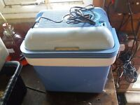 12 volt Thermo Electric Cooler and Warmer for car/boat/motorhome