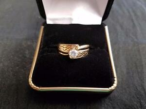 14K Gold Ladies Diamond Engagement Ring