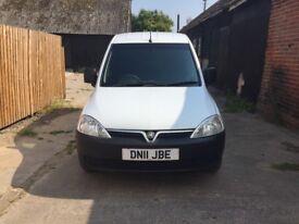 Vauxhall combo crew cab van (5 seater)