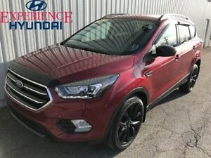 2017 Ford Escape SE EXCELLENT 4X4 WITH FACTORY WARRANTY AND GREA