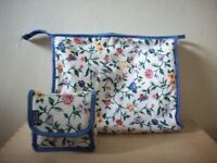 VAGABOND at JOHN LEWIS Set of Washbags Toiletries Makeup Retro Vintage Style Floral £15