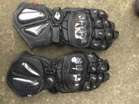 Tuzo medium motorbike gloves