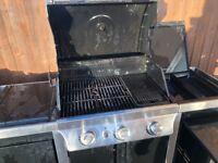 GAS BBQ LARGE BYRON 4 BURNER