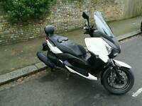 Xmax 400 - Low mileage - £400 worth accessories