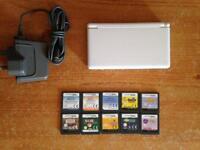 Nintendo DS Lite Bundle (2)