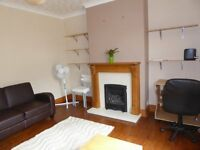 4 bedroom house in Coombe Road, Coombe Road