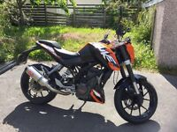 KTM Duke 125cc, Good condition, Low Milage, Remus Exhaust and Oxford Heated Grips