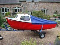 12ft Highlander fishing boat, 4HP Tohatsu 2-stroke O/board, oars, trailer, fishfinder & cover.