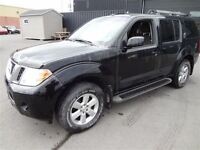 2008 Nissan Pathfinder SE 4WD A/C MAGS TOIT TV/DVD 7 PASSAGERS