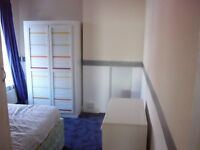 Double room in house share available for 6 months - St Pauls, Cheltenham
