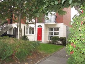 2 Bedroom Ground Floor Apartment with own front door available immediately.