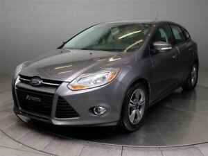2014 Ford Focus SE HATCH AC MAGS