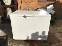 Zanussi Low Frost Chest Freezer... ** DELIVERY AVAILABLE **