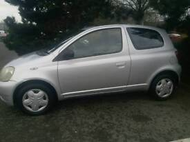 TOYOTA YARIS AUTOMATIC 1LADY OWNER MOT TILL 30/07/2017 6285O WARRANTED MILES SUNROOF