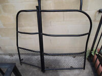 Load Bearing Gated Bulkhead for Renault Kengoo 2008