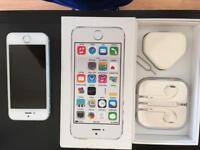 I phone 5s 16gb white and silver