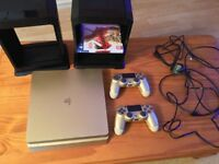 PS4 Gold Slim 500GB with 2 controllers and game
