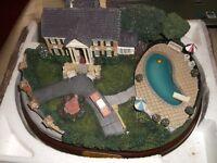 ELVIS PRESLEY SCALE MODEL OF GRACELAND