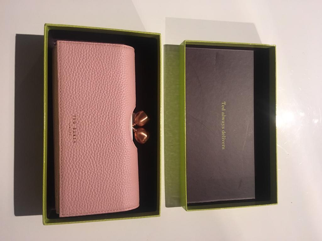 3411fa200 Ted Baker Pale Pink Purse.