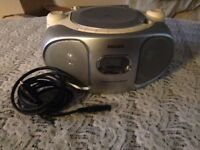 Fully working radio and portable CD player by PHILIPS