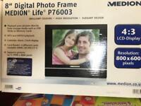 bnib digital photo frame 8""