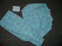 Me To You Flannel Pyjamas for Girl 7-8 years. Very good condition. 100% cotton.