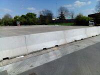 Concrete barrier blocks