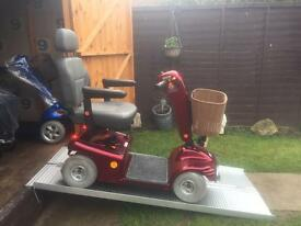 £2000 worth . All terrain SHOPRIDER deluxe sovereign mobility scooter - just £425